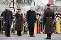 Ministru prezidents Valdis Dombrovskis vēro Nacionālo bruņoto spēku vienību militāro parādi 11.novembra krastmalā (6357744231).jpg