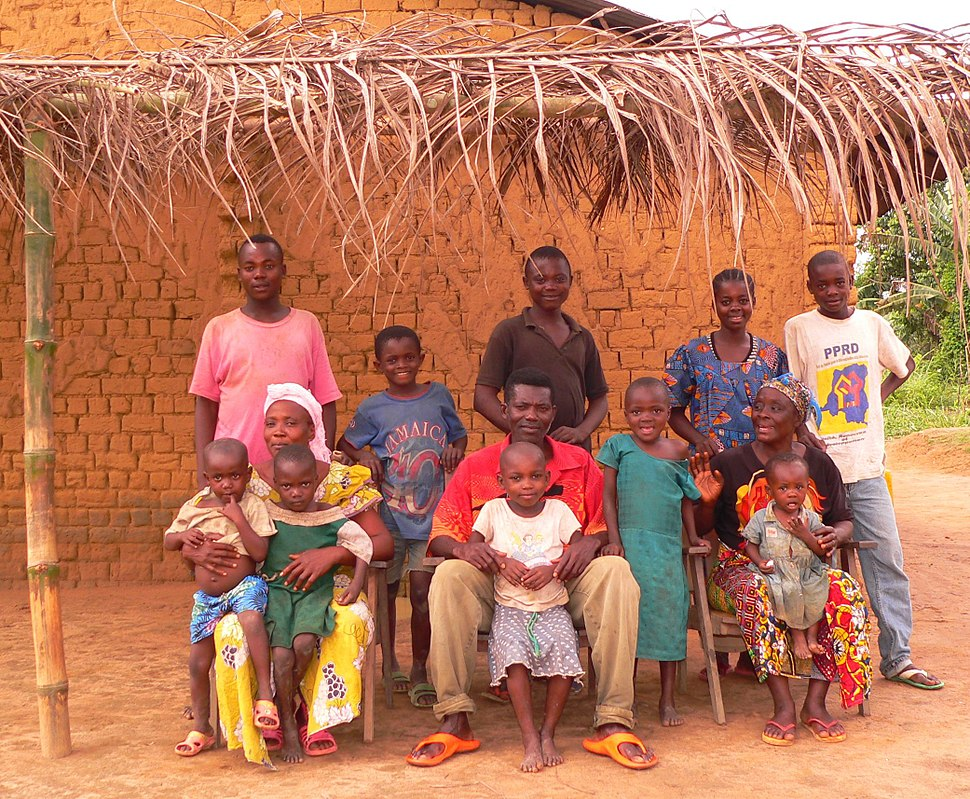 Mongo family in Equateur Province