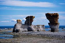 Monolithes de L'Archipel de Mingan.jpg