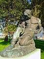 Monumento ao 25 de Abril - Seixal - Portugal (330308310).jpg