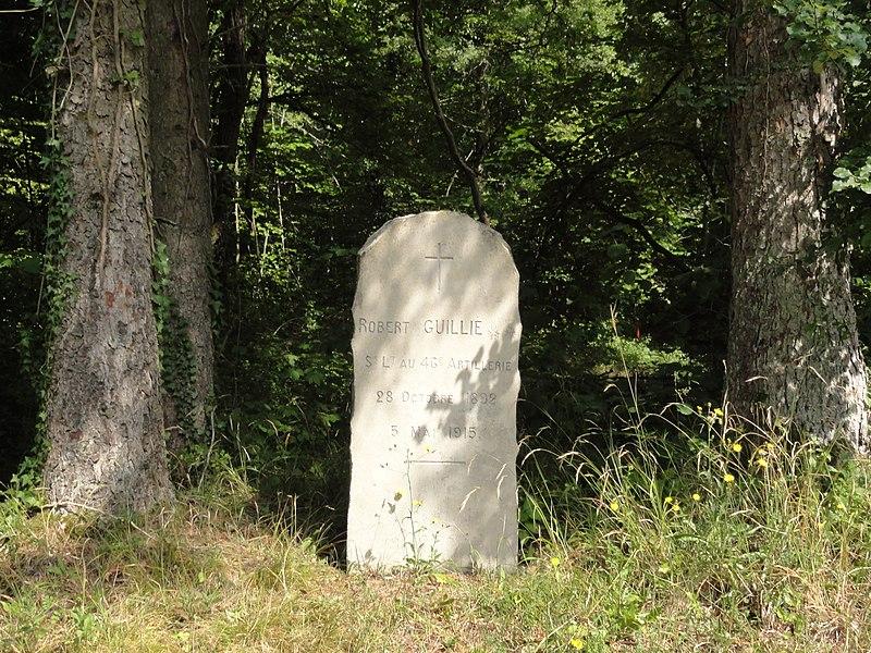 Mouilly (Meuse) memorial Robert Guillie sur la Tranchée de Calonne