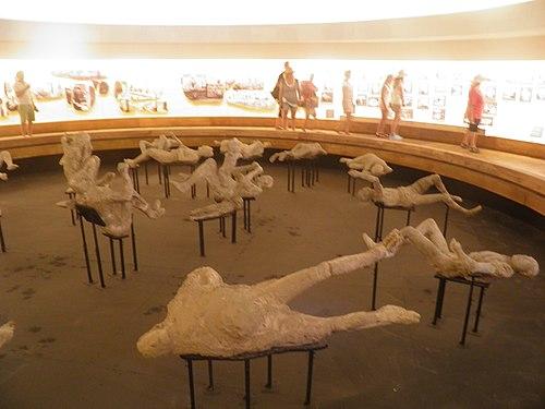 Mumie z pompejów.jpg