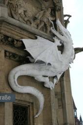 Dragon Wikipédia