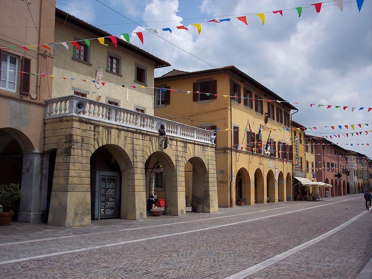 Cascina italia wikipedia for Corso di arredatore d interni roma