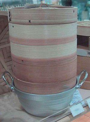 Mushiki - Stacked mushiki on top of a pot