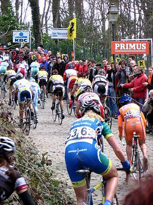 Tour of Flanders for Women - Women's race on the Muur van Geraardsbergen in 2006.