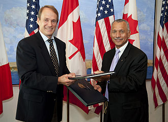 Steve MacLean (astronaut) - MacLean (left) with NASA Administrator Charles Bolden.