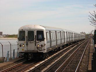 R44 (New York City Subway car) - Image: NYC Subway 5274