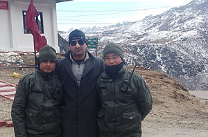 Nathu La - Nathu la pass with soldiers