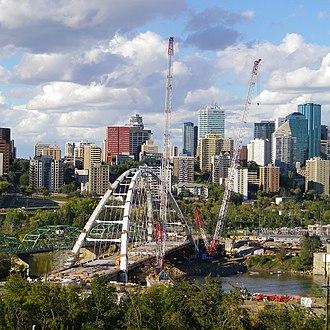 Walterdale Bridge - Image: Near finished structure of new Walterdale Bridge with surrounding city of Edmonton, Canada (Sept 2016)