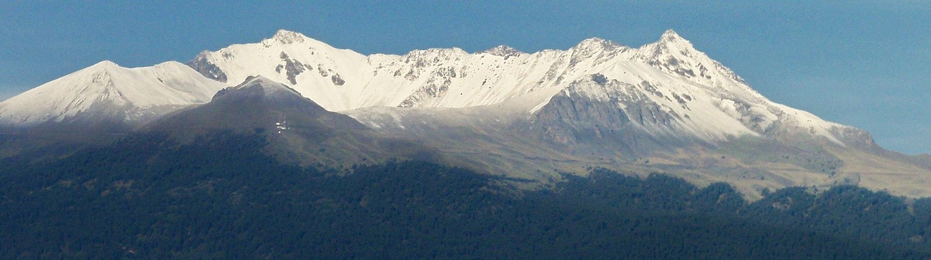 Nevado de Toluca Peak, December 2005.JPG