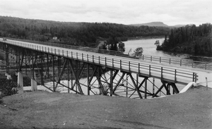 Nipigon - The Nipigon River Bridge, originally opened in 1937, forms the narrowest transportation bottleneck between the Atlantic and Pacific oceans in Canada.
