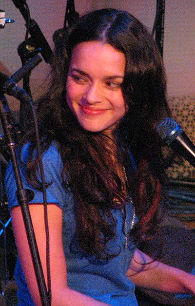 Picture of a band or musician: Norah Jones