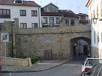 Nt-Viseu-Porta dos Cavaleiros.jpg