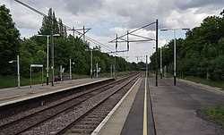 Oakleigh Park railway station MMB 05.jpg