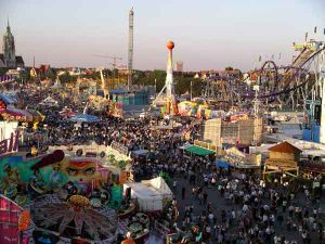 English: The Oktoberfest in Munich from Ferris...