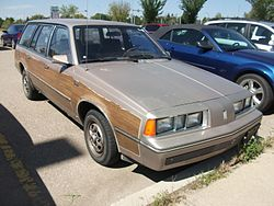 Oldsmobile Firenza Cruiser Station wagon (4899054495).jpg