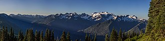 Olympic Mountains - Image: Olympic Range Pano