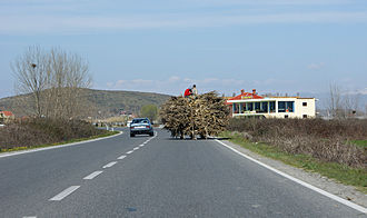 Highways in Albania - Overtaking a horse-drawn cart on SH1 between Tirana and Shkodër