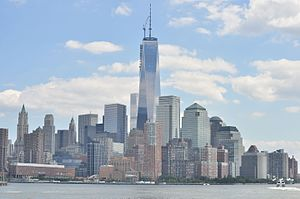 One World Trade Center from the Hudson 01 (9440040691).jpg