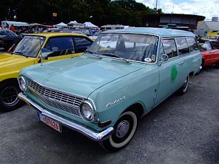 Opel Rekord Series A Motor vehicle