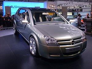 Opel Signum - Image: Opel Signum 2 Concept 2001 1