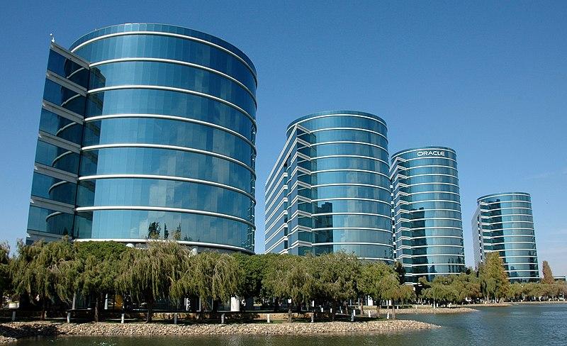 File:Oracle Databases.jpg