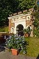 Ornamental building in the botanical garden of Lund, 23.08.2016.jpg