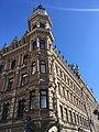 Ornamental corner tower (27441377727).jpg
