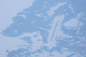 Oulu airport from air.jpg