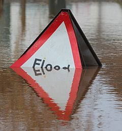 Overwhelmed Flood sign, Upton-upon-Severn.jpg