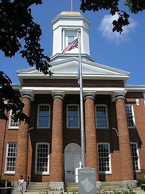 Owen County Courthouse, gelistet im NRHP Nr. 76000937[1]