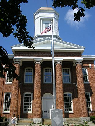 Owen County, Kentucky - Image: Owen County, Kentucky courthouse