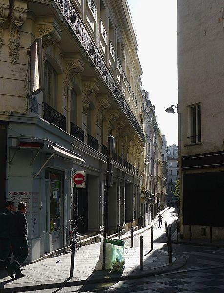 Fichier:P1130495 Paris II rue Saint-Joseph rwk.JPG