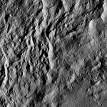 PIA20943-Ceres-DwarfPlanet-Dawn-4thMapOrbit-LAMO-image181-20160602.jpg