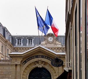 El edificio del ex banco central de Francia en...