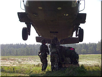 Pathfinder (military) - US Army Pathfinders conducting helicopter sling load operations, 2 January 2002.