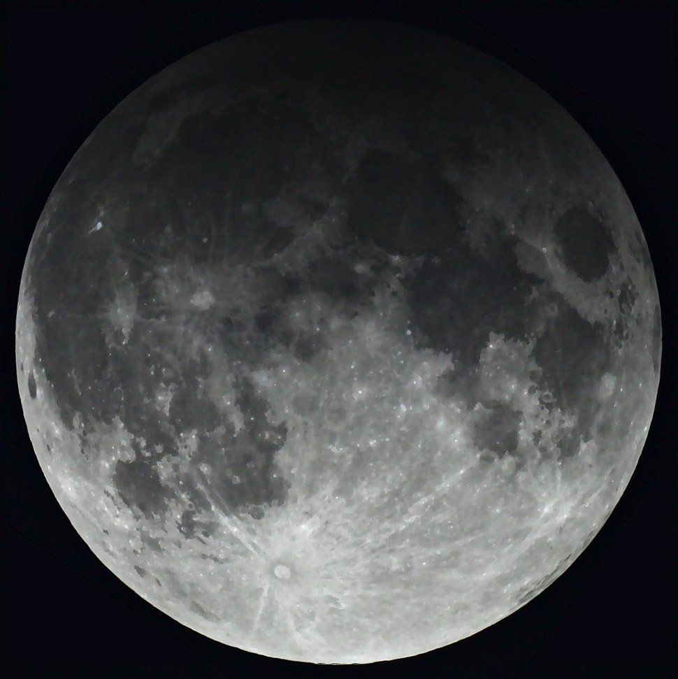 Penumbral lunar eclipse 2017.02.11.jpg