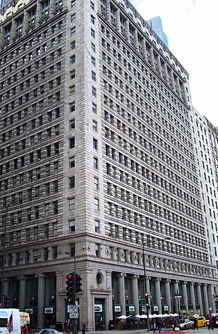 122 South Michigan Avenue, Chicago, built in 1910-1911, designed by D. H. Burnham & Company.