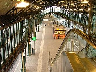 's-Hertogenbosch railway station - Image: Perron Station Den Bosch