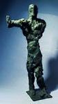 Peter Marggraf. Figur mit erhobenem Arm · Bronze auf Stahl · Höhe 73 cm.jpg