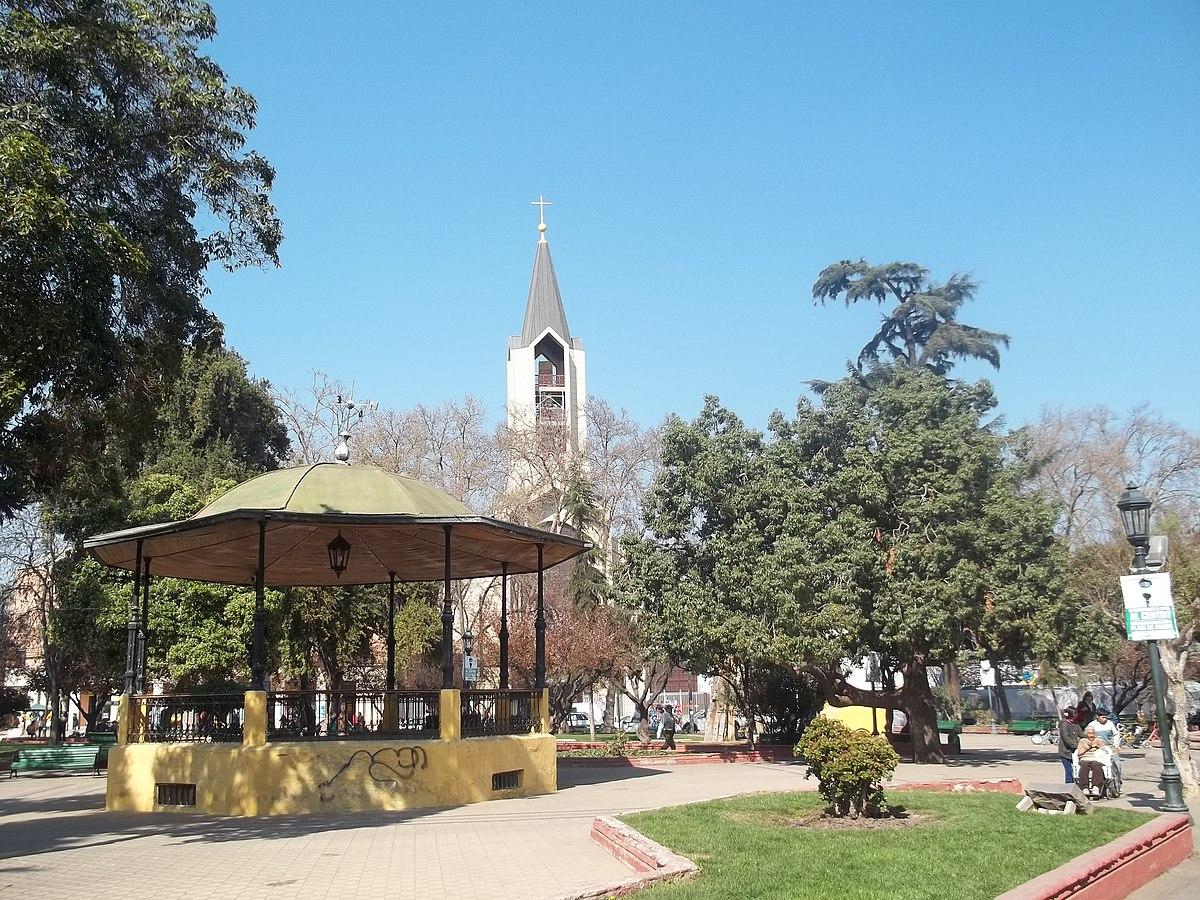 Plaza de armas de san bernardo wikipedia la for Lo espejo 03450 san bernardo