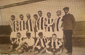 Pogoń Lwów (1904) - Pogoń Lwów in 1910, before the game against Lechia Lwów