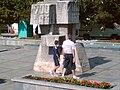 Pomnik na Starym Rynku w Środzie Wielkopolskiej and Andre - panoramio.jpg