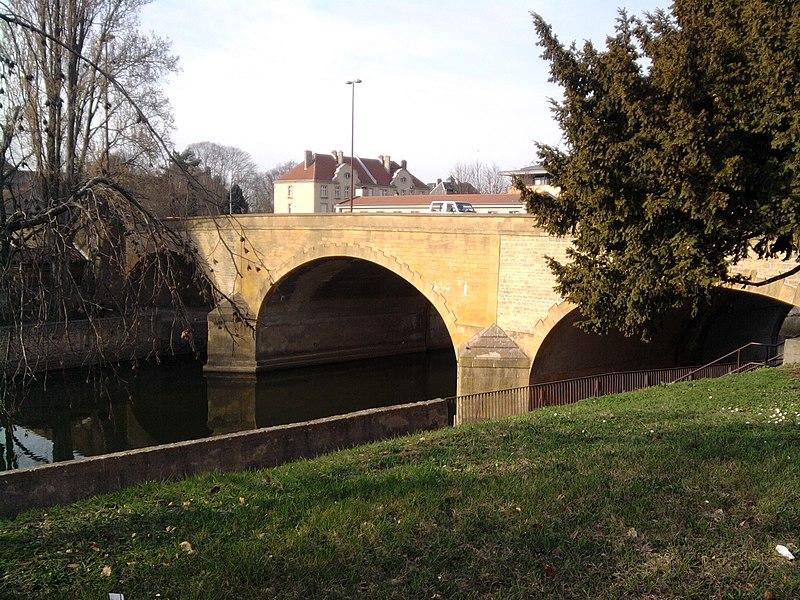 Grids bridge in Metz, Moselle (France)