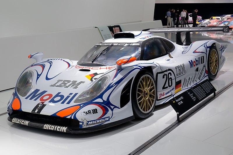 File:Porsche 911 GT1-98 front-left Porsche Museum.jpg