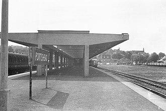 Portishead railway station - Image: Portishead railway station in 1960