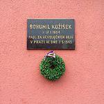 Praha-Žižkov, Koněvova 130, pamětní deska.jpg