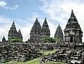 Kompleks candi Prambanan, candi Hindu terbesar di Indonesia