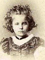 Princess Elisabeth of Hesse and by Rhine b1864 by Carl Backofen.jpg